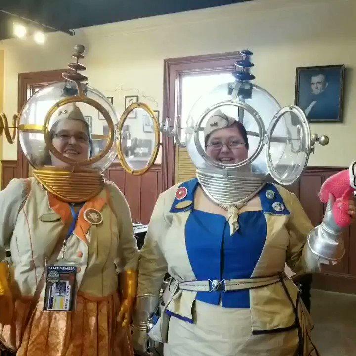 The #teascouts go to space!!  #wwwc8 #wildwildwestcon2019 #steampunksinspace #galacticsteampunkfederation #steampunk