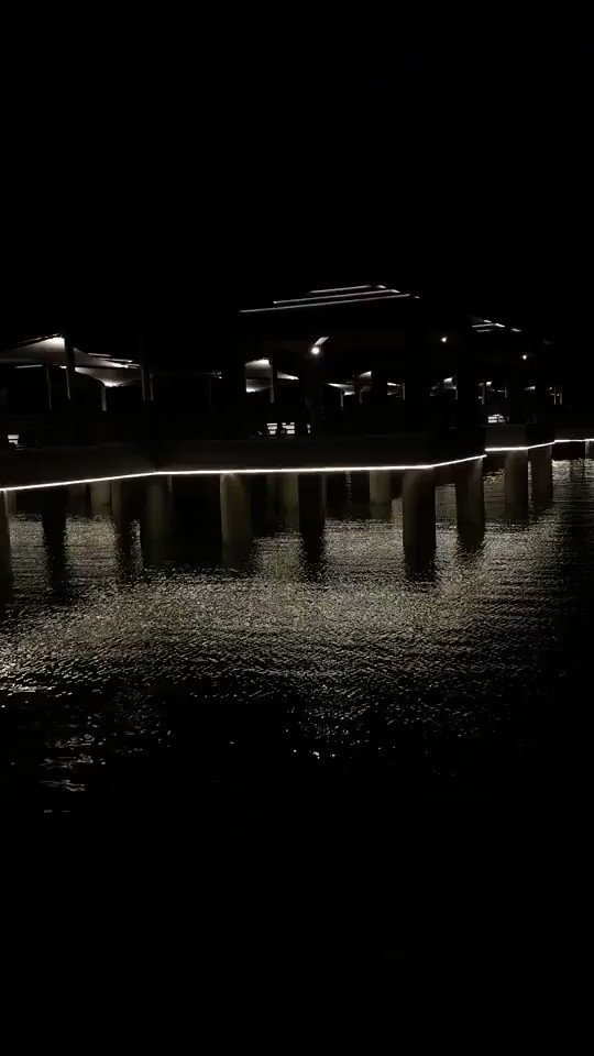 RT @abod_7077: عيونه ليل أسود فيها صمت وجدال🖤               ً  #مشكلتي_اني  #وش_اكثر_شيء_ينرفزك https://t.co/ykt5alkeOW