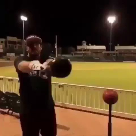 One of the best trick shots ever made ⚾️🔥