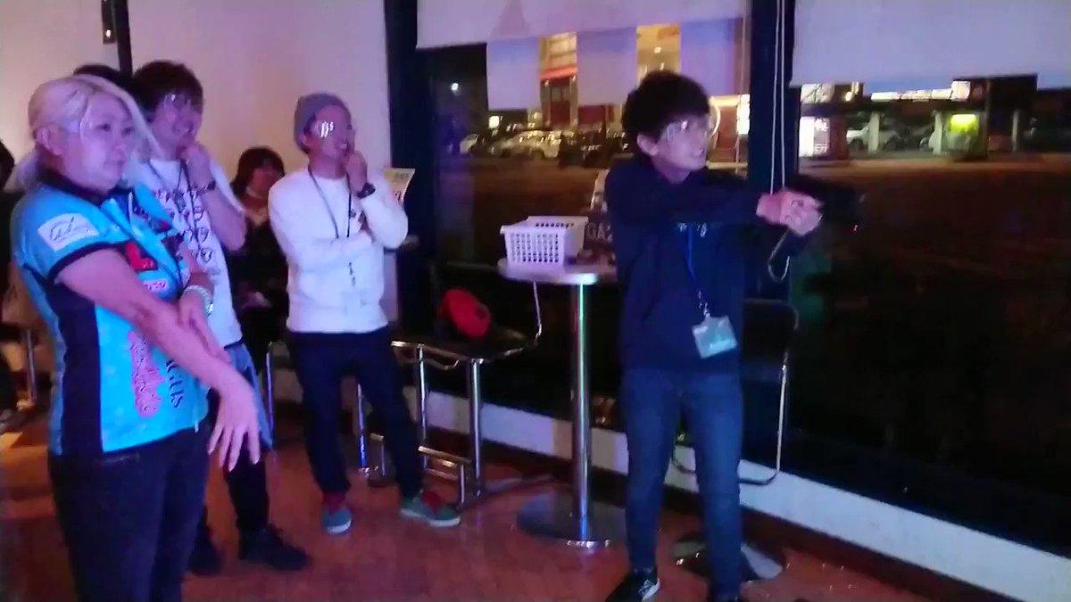 RT @ids_darts: idsC in オアジ水戸店! #鈴木未来 プロに来店頂きました(*´▽`*) チャレンジマッチの様子をお届け致します!...あれ!?  #ガンアリーナ https://t.co/BNlaMiwbTp