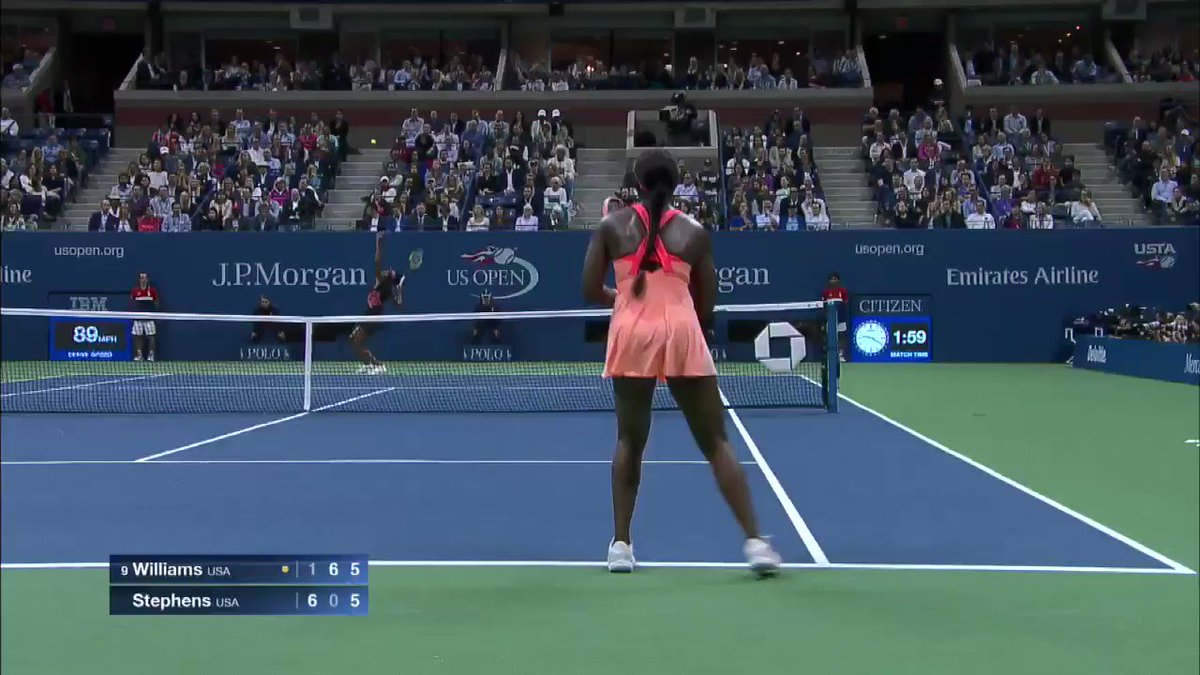 And let's not forget some absolute 🔥🔥 from the semis... @SloaneStephens 💯 🎥: 2017 #USOpen