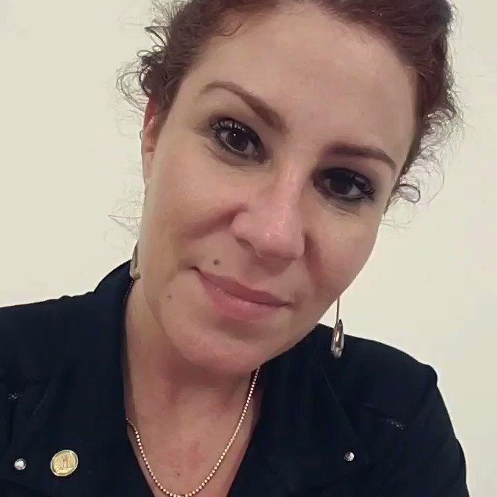 Carla Zambelli's photo on #EuAprovoBolsonaro