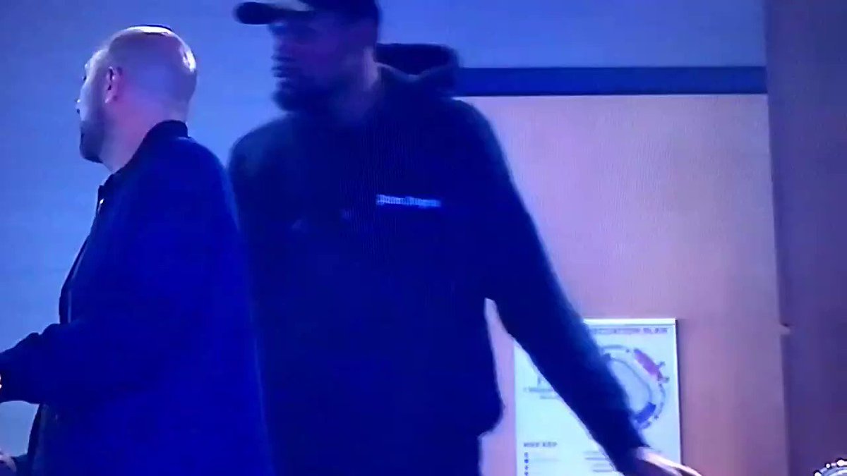 Did cameras catch Kevin Durant flirting with woman in Oklahoma City?