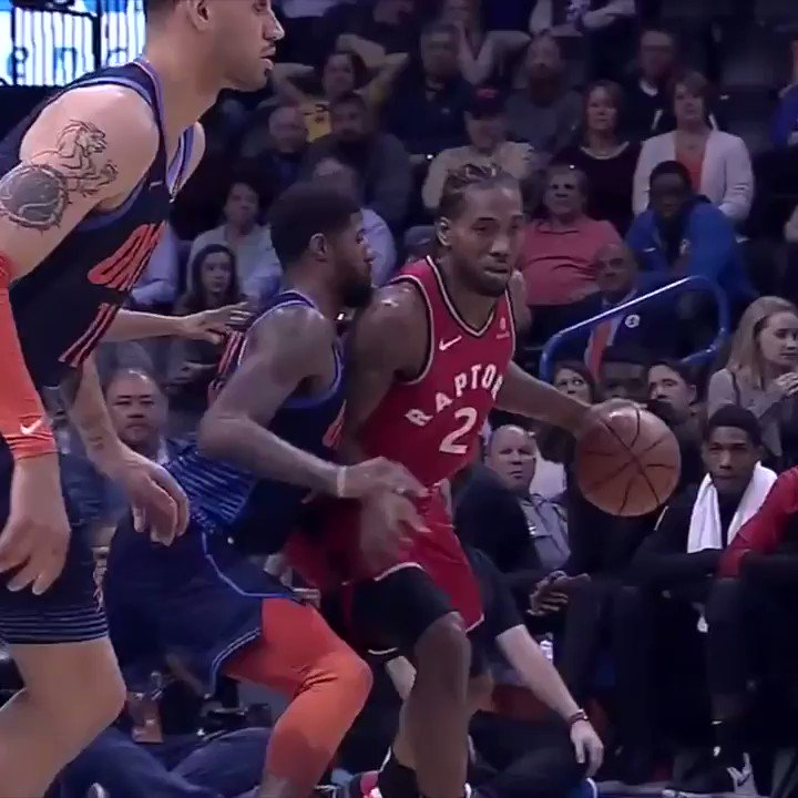 Kawhi's face when PG bodied him on defense 😂