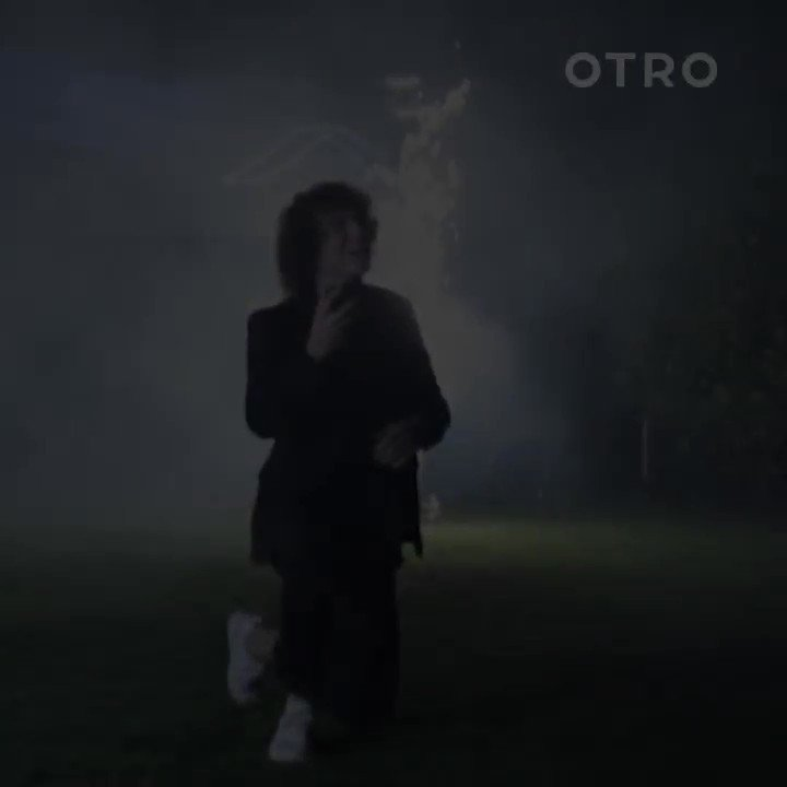 We hear wedding bells! @DavidLuiz_4 proposed in emphatic style and shared the special moment with OTRO. Head over to the app to watch in all its glory! Congrats guys! https://otro.onelink.me/iXK7/dleotw #OurOtherClub