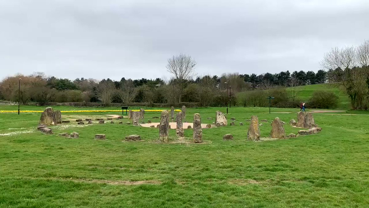 Spotted this modern day stone circle whilst heading out of #MiltonKeynes just now, in a town park near Willen Lake & built in 2000  Bit more about this structure & it's positioning here https://www.theparkstrust.com/our-work/public-art-in-our-parks/public-art-at-newlands-and-willen-lake/medicine-wheel/ …  Slight #StoneCircle confusion for future historians & archaeologist!  – at Peace Pagoda