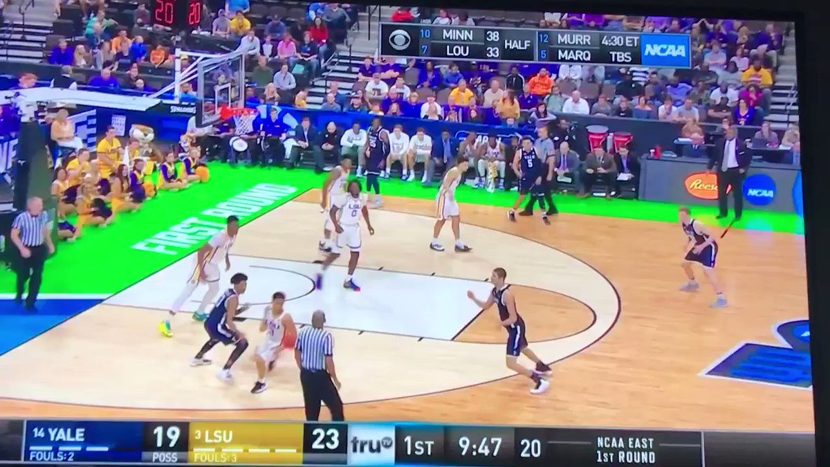 Hollywood Naz Reid is a grown man 🚀🚀🚀 #LSU #Yale #MarchMadness #SCtop10 @NazReid