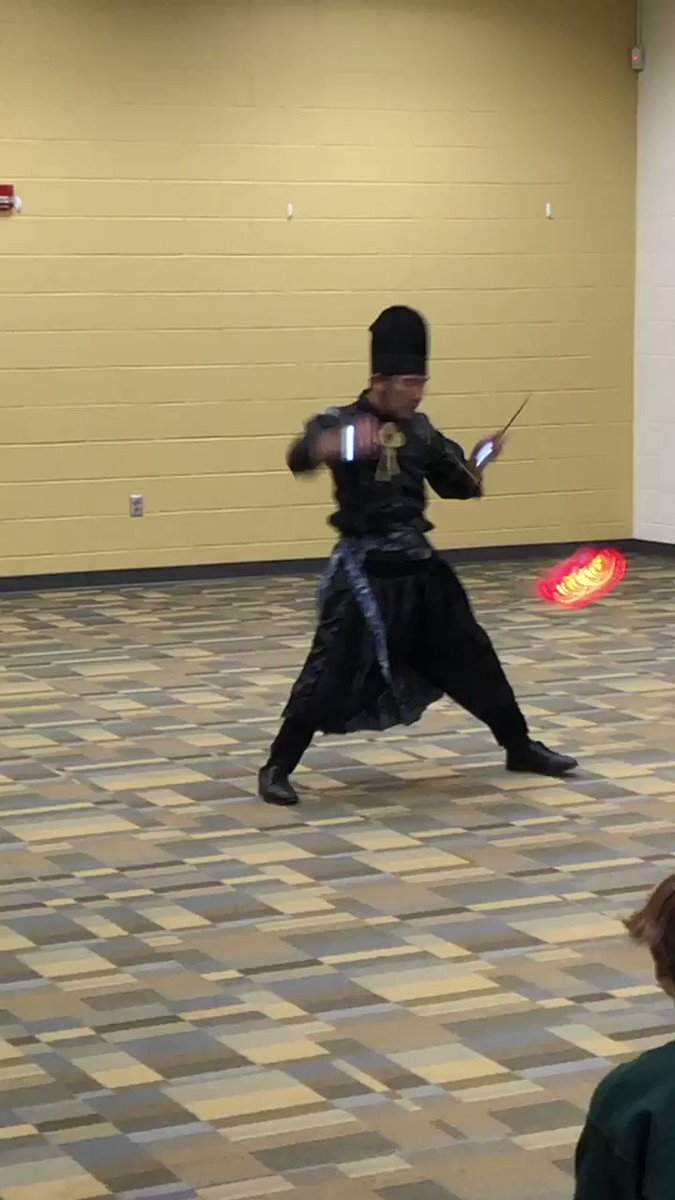 Wow! What skill. Thank you <a target='_blank' href='http://twitter.com/JapanEmbDC'>@JapanEmbDC</a> for arranging this visit for our students to learn about this aspect of Japanese culture. <a target='_blank' href='https://t.co/ksxtL2Sl9K'>https://t.co/ksxtL2Sl9K</a>