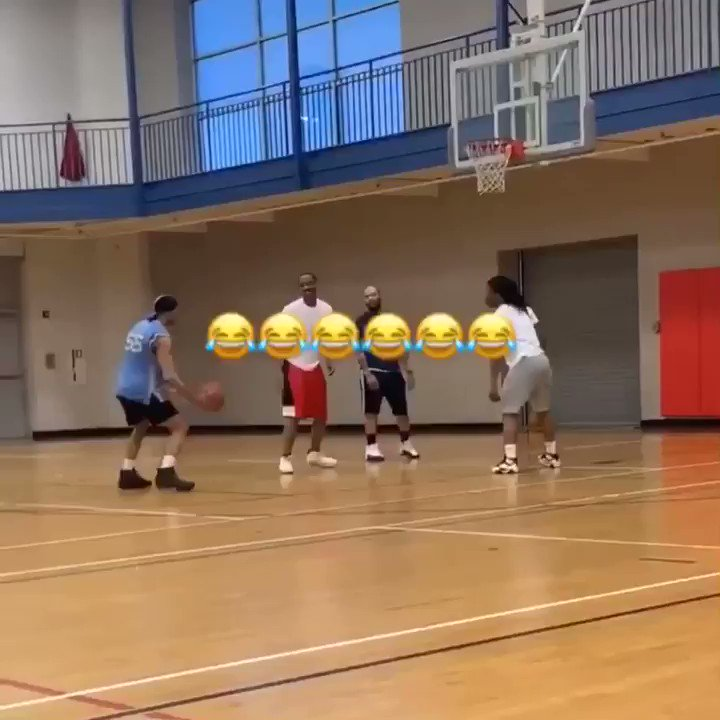 TAG someone with this form 🤣 (via @iget_buckets35)