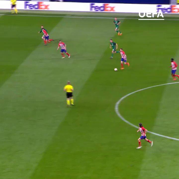 RT @UEFAcom_it: 🚀 @saulniguez 🚀  #UEL #FlashbackFriday 🔄 https://t.co/k2gefFhXSV