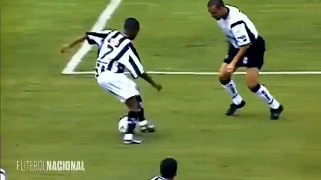 Robinho was, and still is, the king of step-overs!