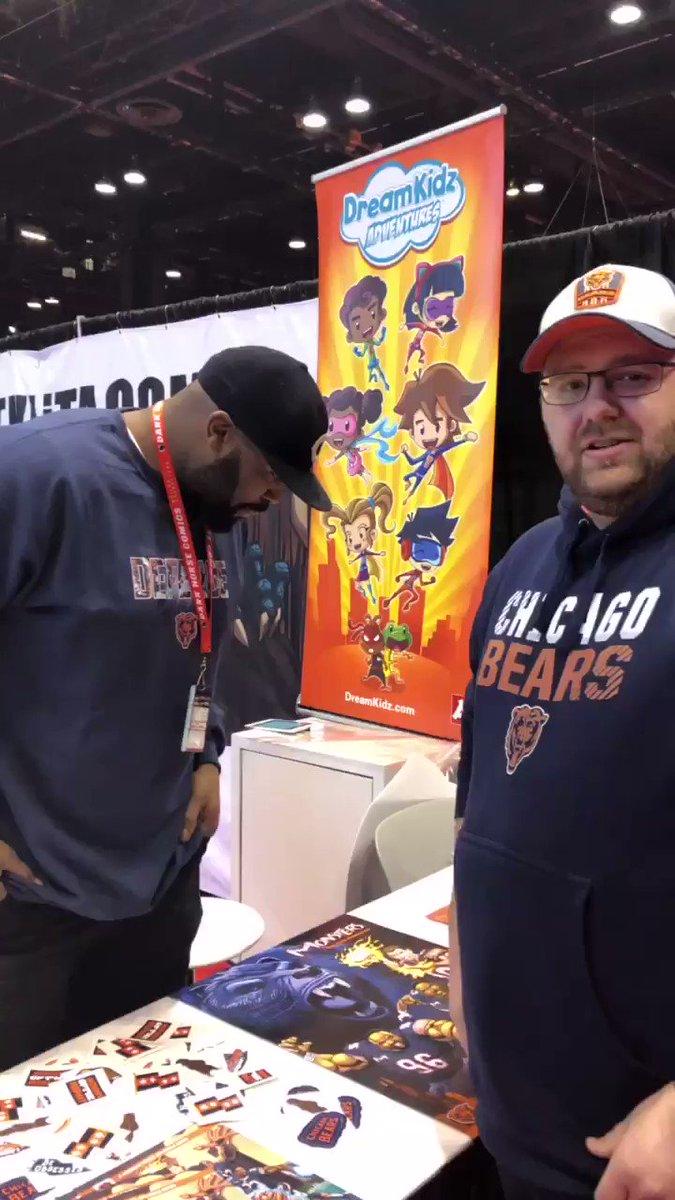 Met up with @ATHLiTACOMiCS founder @iidonije at @c2e2! Thanks, Izzy! @BearsBarroom