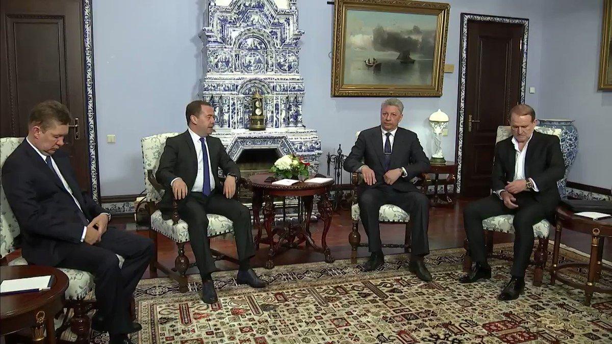 Отношения между Россией и Украиной находятся в глубоком кризисе. В этом году истекает срок действия соглашения в газовой сфере и необходимо определиться, что делать дальше. Пока мы каких-то серьезных сигналов от действующих властей на Украине на эту тему не имеем