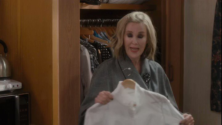 don't ask me why but here's 22 seconds of catherine o'hara saying bebe