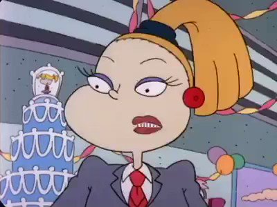 RT @_NickyThomas: Charlotte Pickles walked so Kris Jenner could RUN! https://t.co/dkY5f0NC58