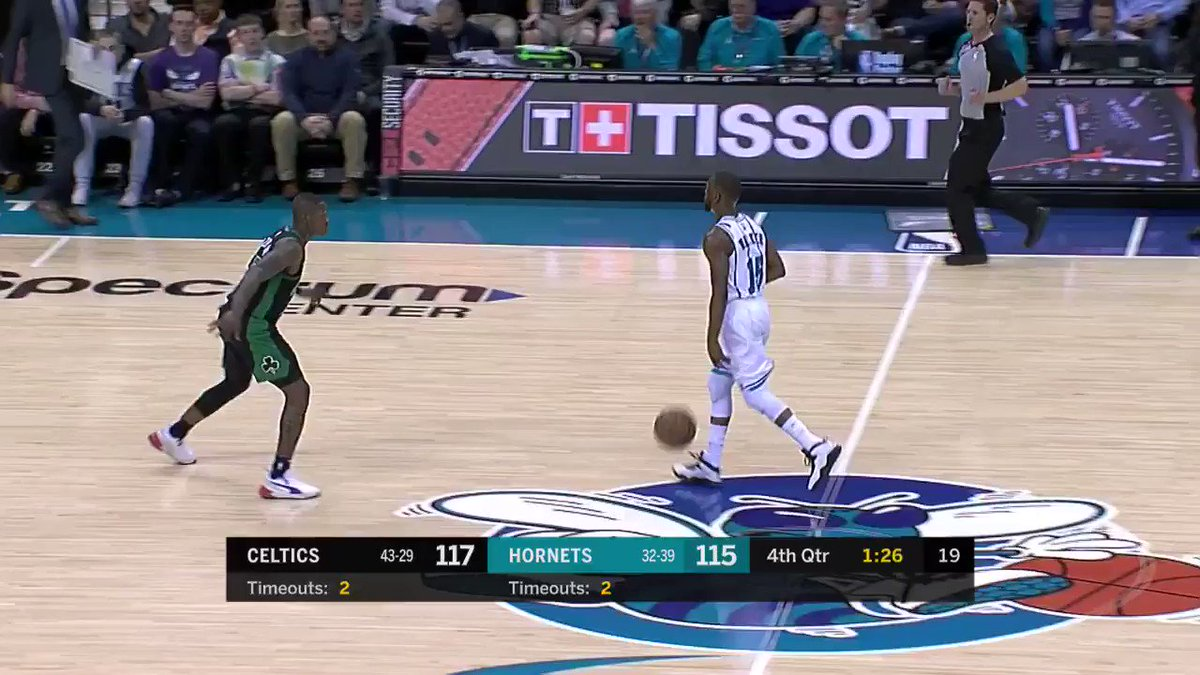 Kemba (16 4th Q PTS) for the lead!  #Hornets30 120 #CUsRise 117  41.2 remaining: https://t.co/pZ0DhQTM5F https://t.co/ft95YjmRDU