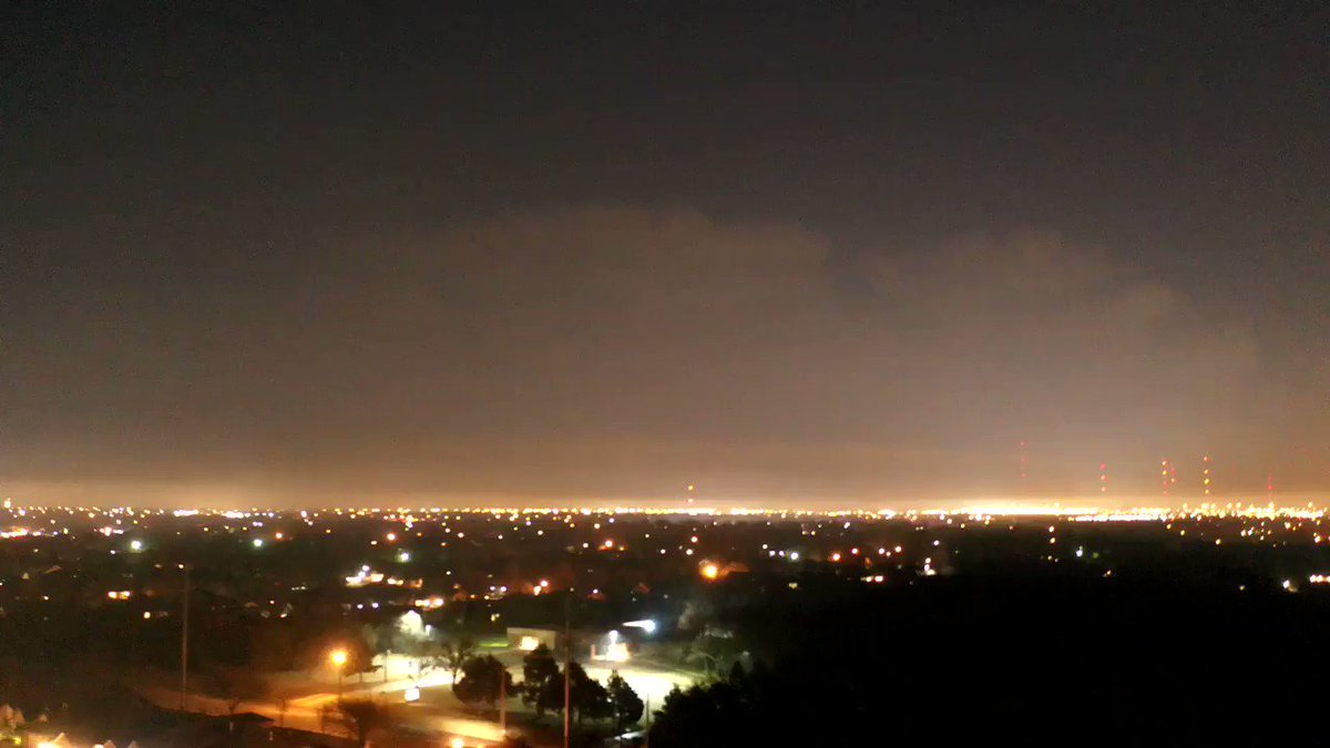 Image for the Tweet beginning: Drone #hyperlapse of lightning in