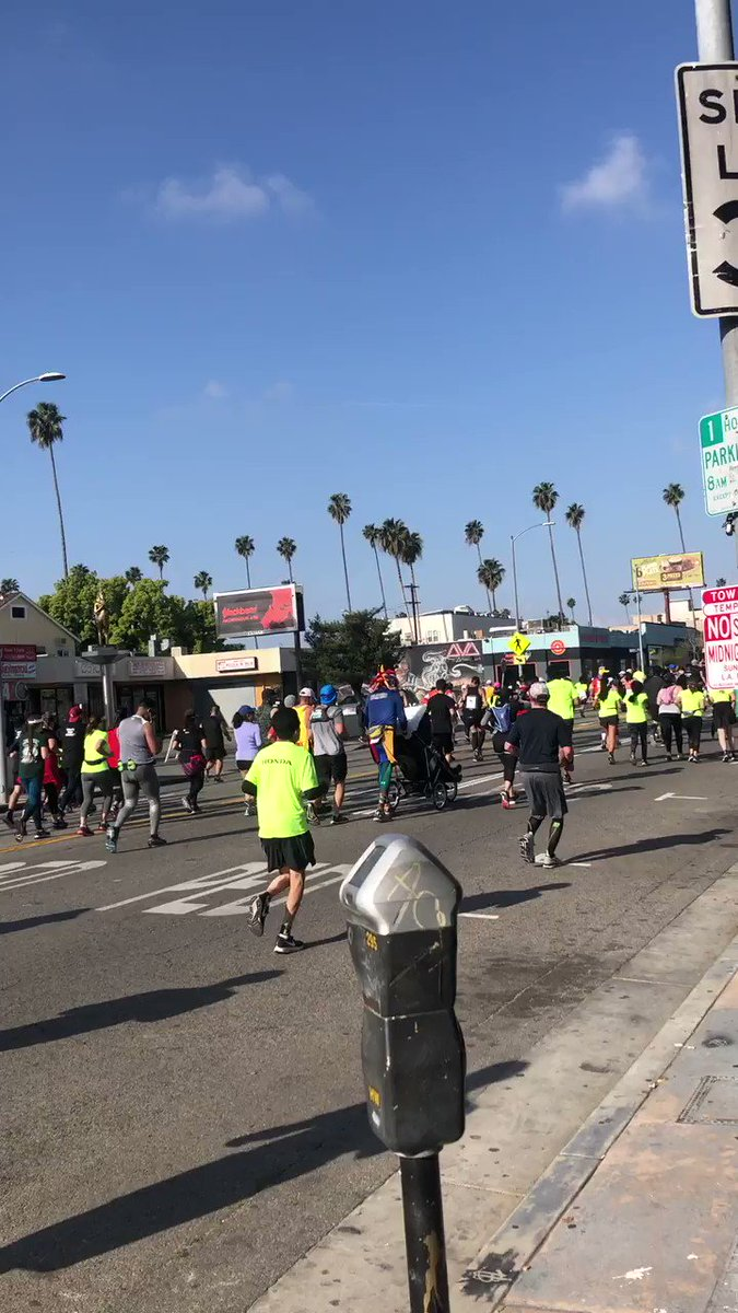 Congratulations to everyone who ran the #LAMarathon! 😍🏆🏃🏾♀️🏃🏾♂️🎉 @lululemon, @adidas and other #brands are hosting #recovery pop-ups today. Enjoy! #running #losangeles #marathon #LAMarathon2019 #selfcare #festival #party #health #wellness https://www.eventbrite.ca/e/la-marathon-in-store-recovery-hub-tickets-58832011129…