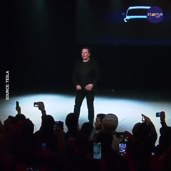RT @StartupSelfieCo: Tesla unveiled Model Y, a new line of compact SUVs. https://t.co/ikUVVflq1l