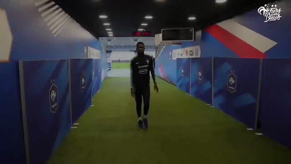 Casse la démarche comme Samuel, @samumtiti !! 1-0 !!  🇫🇷🇮🇸 #FRAISL #FiersdetreBleus