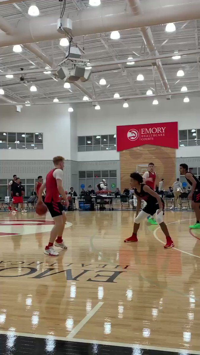 McDonald's All-American practice underway in ATL. Strong couple days for future Arizona Wildcat Nico Mannion. Impressive blend of feel, touch, creativity and toughness. The game comes really easily to him.