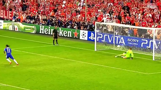 Happy Birthday to Manuel Neuer have a lovely day