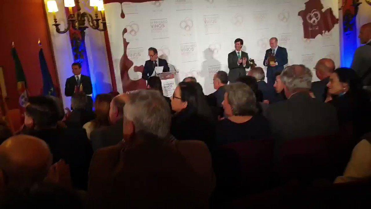 Nuestro Elixir de Canela la Flor de Utrera acaba de recibir el premio al mejor licor de destilación tradicional de la Provincia de Sevilla