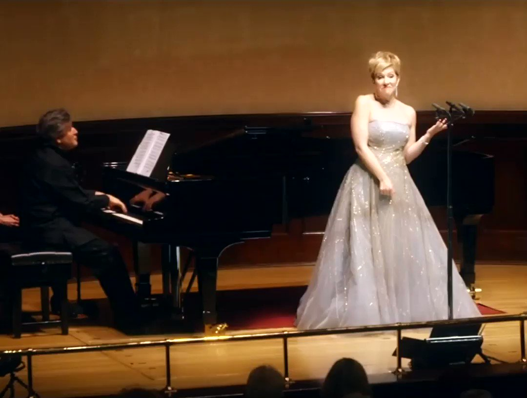 Happy #WorldPianoDay 🎹  We hope you enjoy this delightful clip of @JoyceDiDonato & Antonio Pappano performing 'I Love A Piano' by Irving Berlin...❤️  Taken from the @WarnerClassics album 'Live at Wigmore Hall'