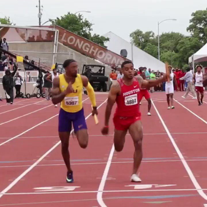 LSU beat Houston to win the Texas Relays 4x1 in 38.41! 😈