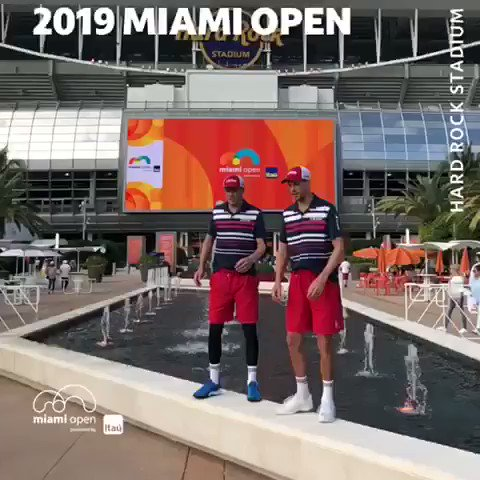 Okay guys... JUMP! #MiamiOpen