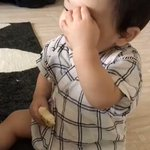 この育児衝撃映像はあるあるだし分かりみが深い早く鼻水おさまれ!