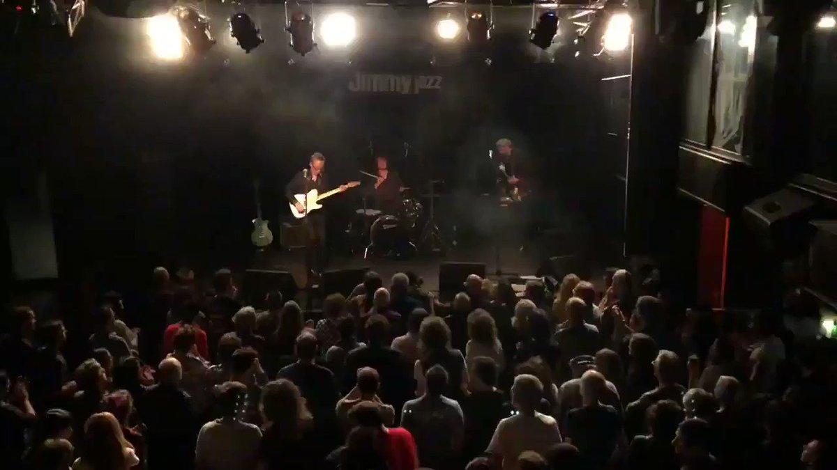 🎥 Otro vídeo del bolazo que el gran @johnpaulkeith nos ofreció este pasado viernes en la #JimmyJazzGasteiz