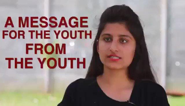 देश का युवा, मोदी से ख़फ़ा..!  बेरोजगारी से युवाओं को मारा, जीएसटी से व्यापारियों को मारा, नोटबंदी से आम जनता को मारा, महँगाई से मध्यम वर्ग को मारा।  सब पर घात सबका विनाश जारी है, देश में मोदी सृजित सर्वनाश जारी है।
