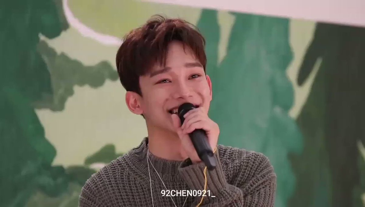jongdae only became a trainee when he was 20 and was planning to be a vocal instructor if he didn't become an idol i'm so grateful he's a part of exo and also a soloist because his voice deserves to be heard by the whole world congrats chen❤️ #CHEN1BILLION