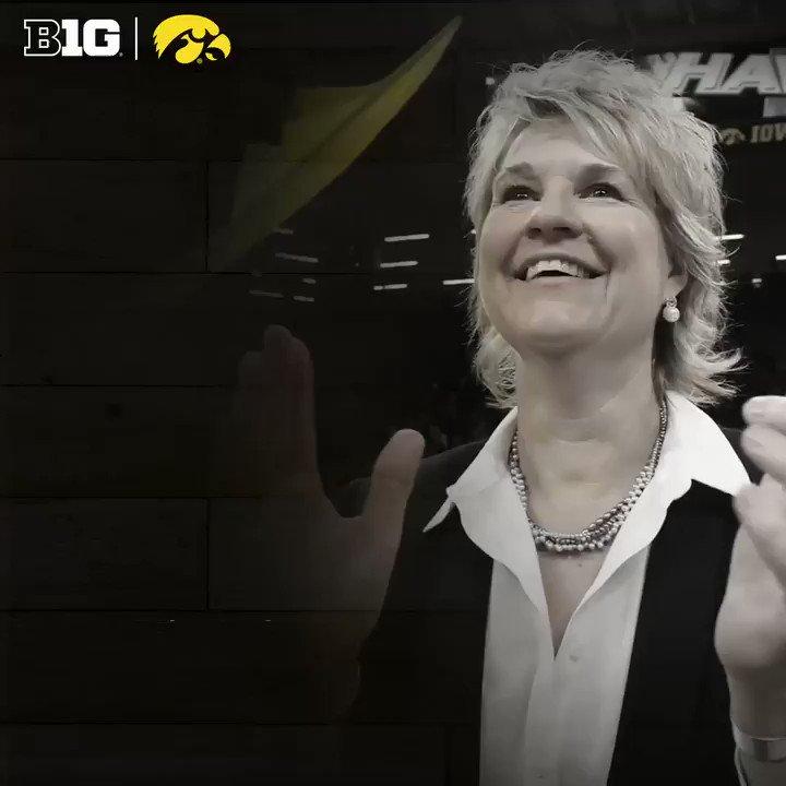 Lisa Bluder of @IowaWBB named 2019 @NaismithTrophy Women's Coach of the Year.