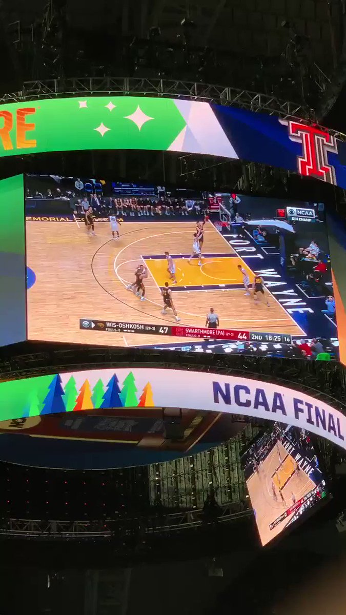 Check this out! @UWOshkoshTitans @UWOMBB getting on the video board at the #FinalFour #NationalChampionship with their first championship in school history! #proudalum #HailTitans