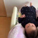 ハイローチェアで赤ちゃんがこんなに遊べるのか赤ちゃんも楽しそう!