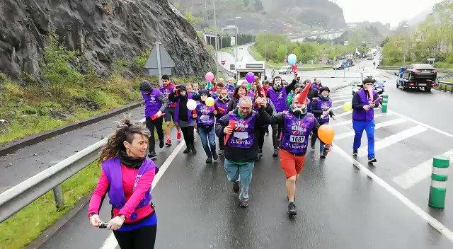 #Korrika21 #Klika Euskarazko hedabideen kilometroa egin dute #Korrika21-en, eta tartean dira @HamaikaTb-ko @ganugan, @ikeraginaga eta Xabi Belzunegi. Mila esker zuen lanagatik!