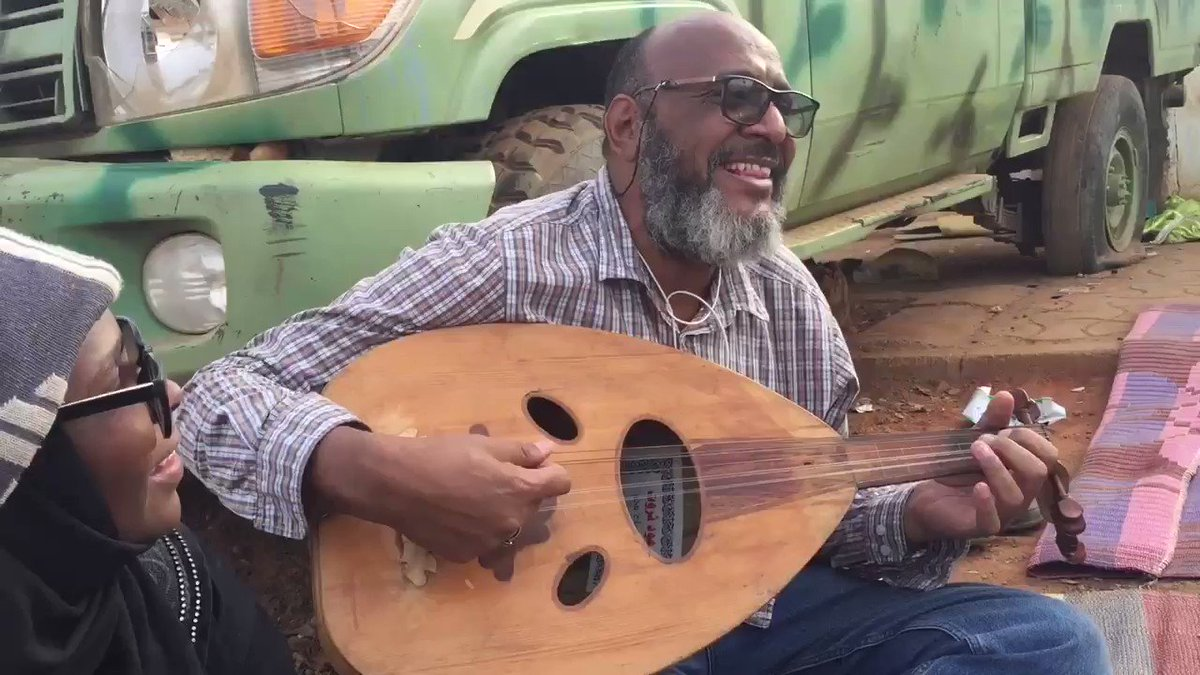 A live song from #Sudan Rallies celebrating will of people and fall of Bashir. He's playing the Oud: