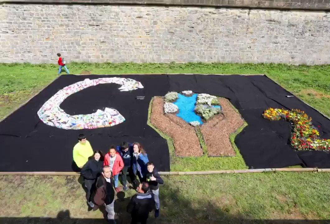 🍀🌼🌈🏰#Naturart Dagoeneko ikusgai klima-aldaketa ardatz duten lorategiak Ziudadelako lubanarroetan [EUS]http://bit.ly/2UUYPq7 Ya está abierta la exposición de jardines sobre el cambio climático en los fosos de la Ciudadela [CAST]http://bit.ly/2Z8pRti