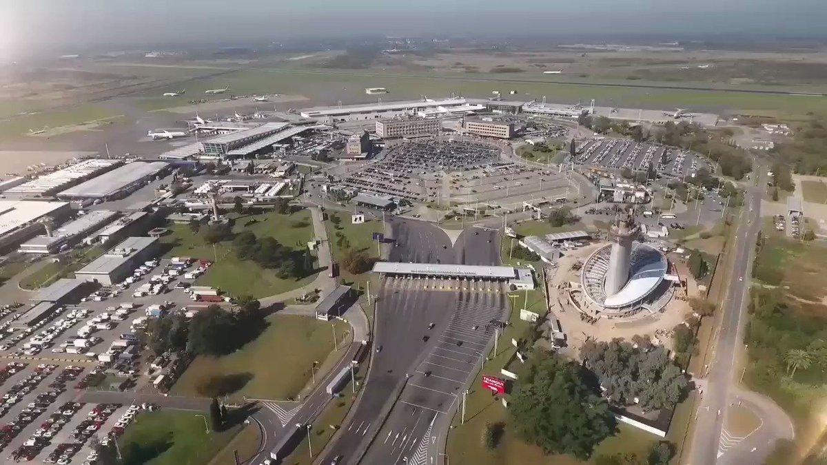 En septiembre inauguran la nueva terminal del Aeropuerto de Ezeiza:  * 138 puestos de check-in * 128 máquinas de self check-in * 4 niveles de estacionamiento para 1.835 autos * 34 nuevas posiciones para aviones * Nueva torre de control  Difundir RT.
