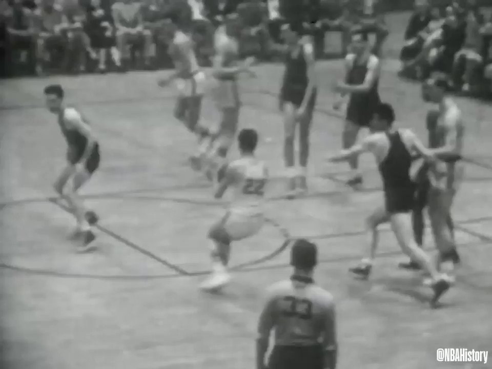 On this date 65 years ago, Minneapolis Lakers become first team to win three NBA titles in a row! #NBAVault