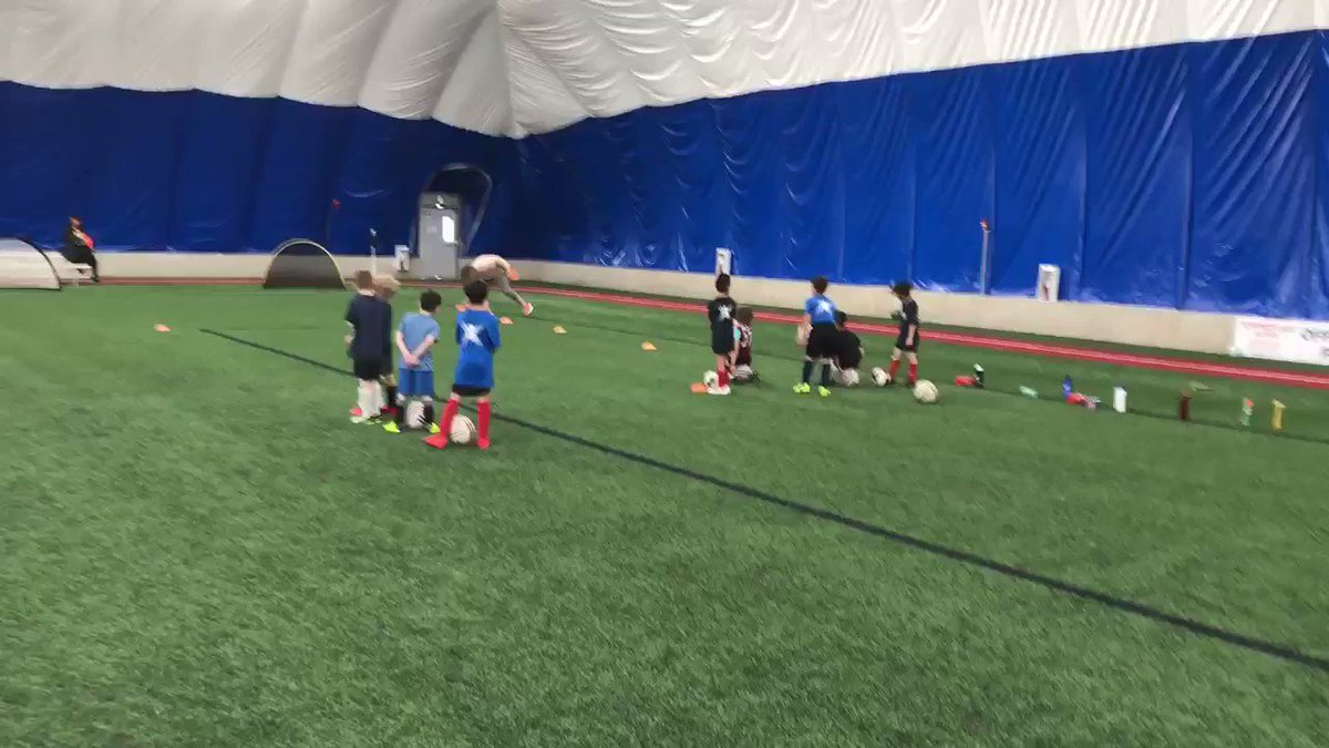 """Things are """"kicking off"""" @AlbertaSoccer fundamentals coaching festival.  Amazing job coaches representing @scottishunited in such an amazing way #NCCP"""