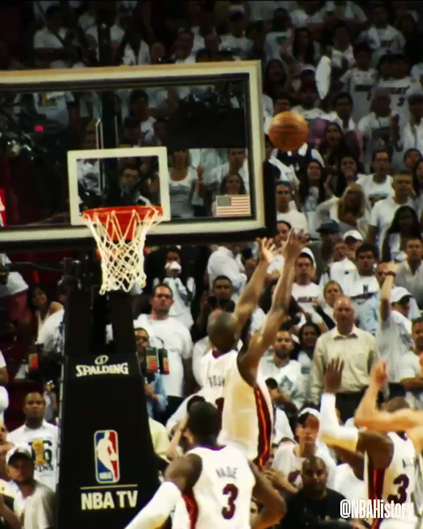 Ray Allen triples in the #NBAPlayoffs, as @StephenCurry30 passes him for No. 1 overall in NBA Playoffs 3PM! #NBAVault