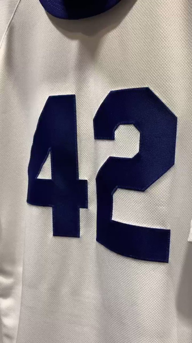Los Angeles Dodgers's photo on #Jackie42