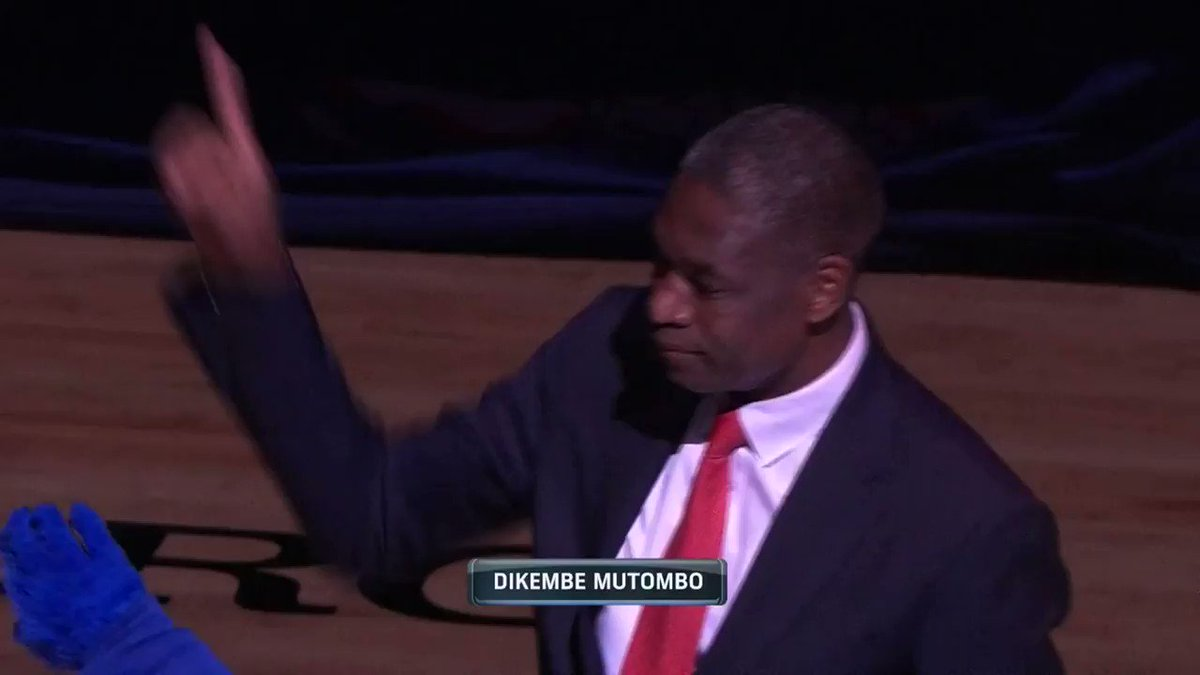 �� @officialmutombo rings the bell pregame in Philly! #PhilaUnite   ��: @NBAonTNT https://t.co/recaKdiMXq