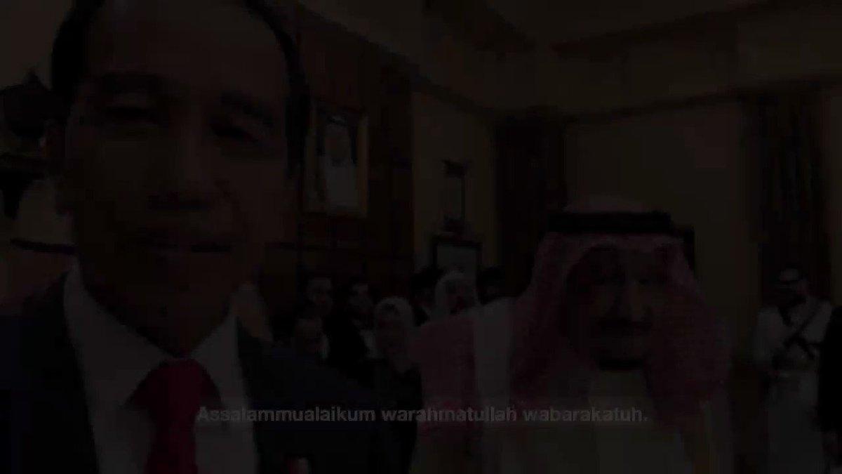 """Salam dari Sri Baginda Raja Salman bagi seluruh rakyat Indonesia. Dua tahun lalu, beliau berkunjung ke Jakarta dan Bali. Indonesia telah dianggapnya sebagai negeri sendiri. Sebaliknya, """"Saudi, Makkah, serta Madinah adalah negara semua orang Islam.""""  Terima kasih, Baginda."""