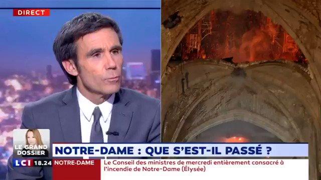 LaGaucheMafia 1⃣7⃣ [Matricule 753]'s photo on #Macron