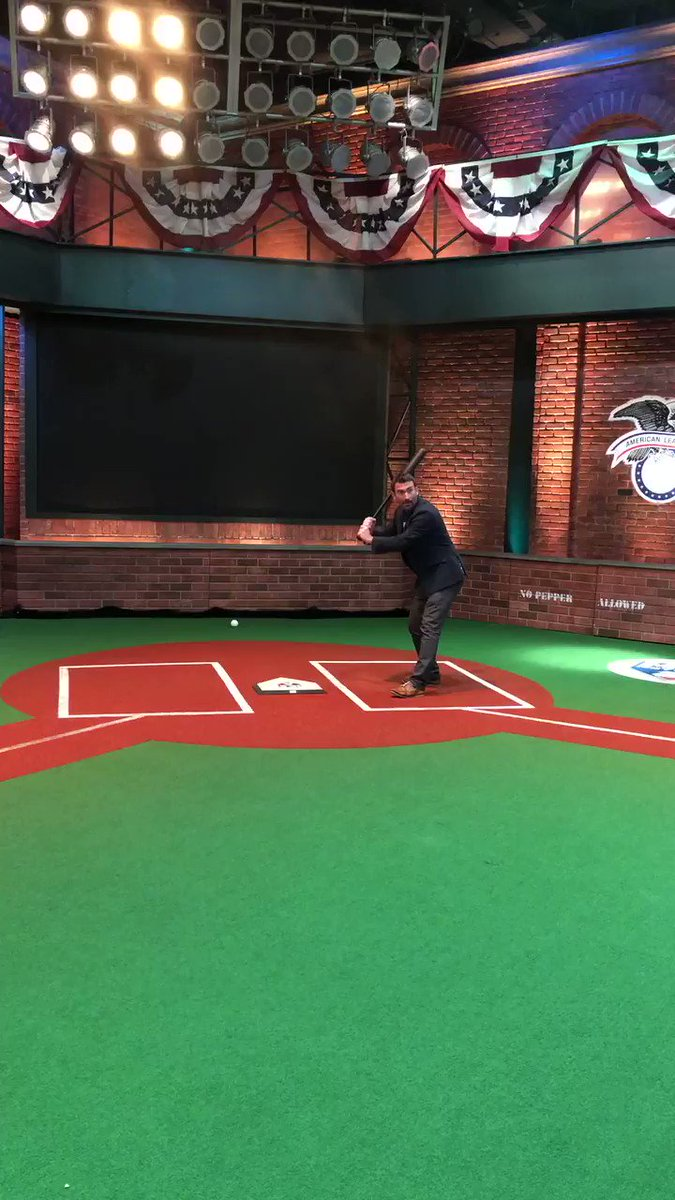 .@BaseballBrit checking the iconic Studio 42 off his bucket list 👍