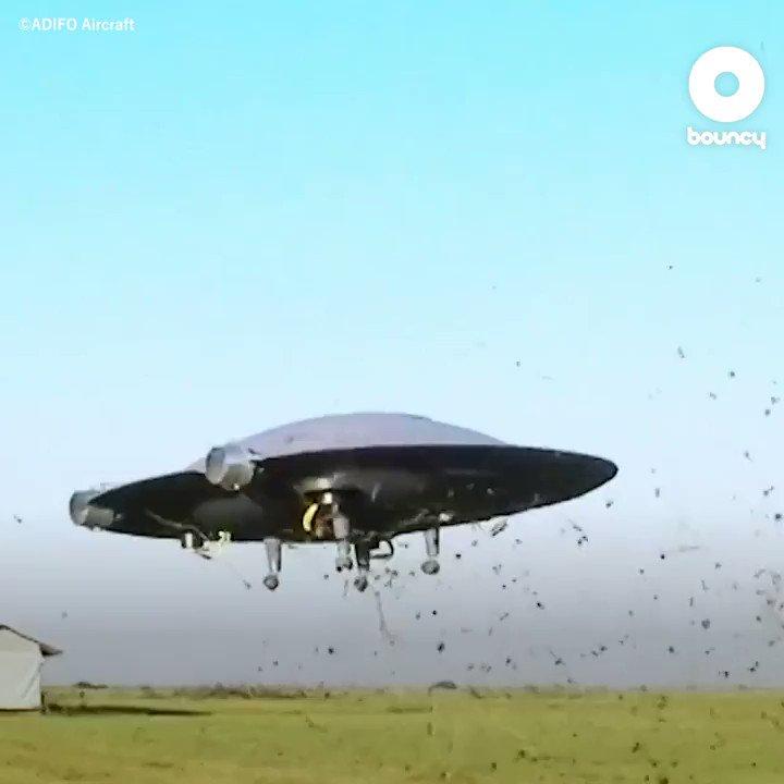 え!これはUFO?(°_°) by ADIFO Aircraft詳しくはこちら👉#UFO #航空機 #ドローン